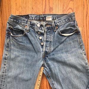 Levi vintage mom jeans 501